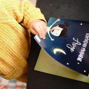 Das erste personalisierte islamische Kinderbuch auf Deutsch in Action